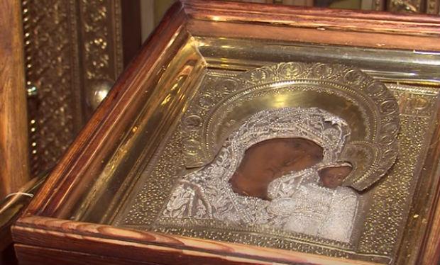 Икона Казанская Богоматерь фото