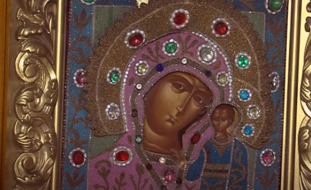 Казанская Божья Матерь, фото иконы храма московского кремля