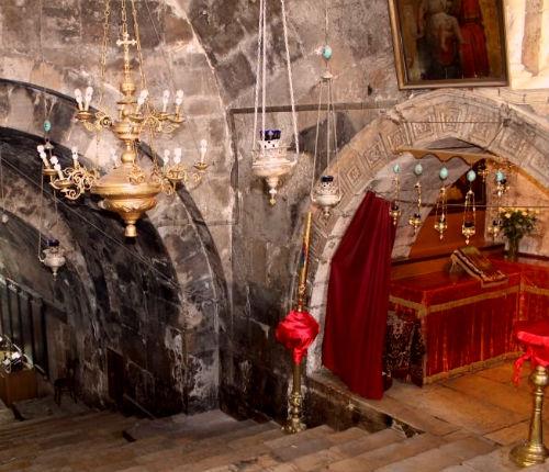 Гробница Богородицы в храме Успения